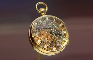 marie-antoinette-watch_ambiance-1